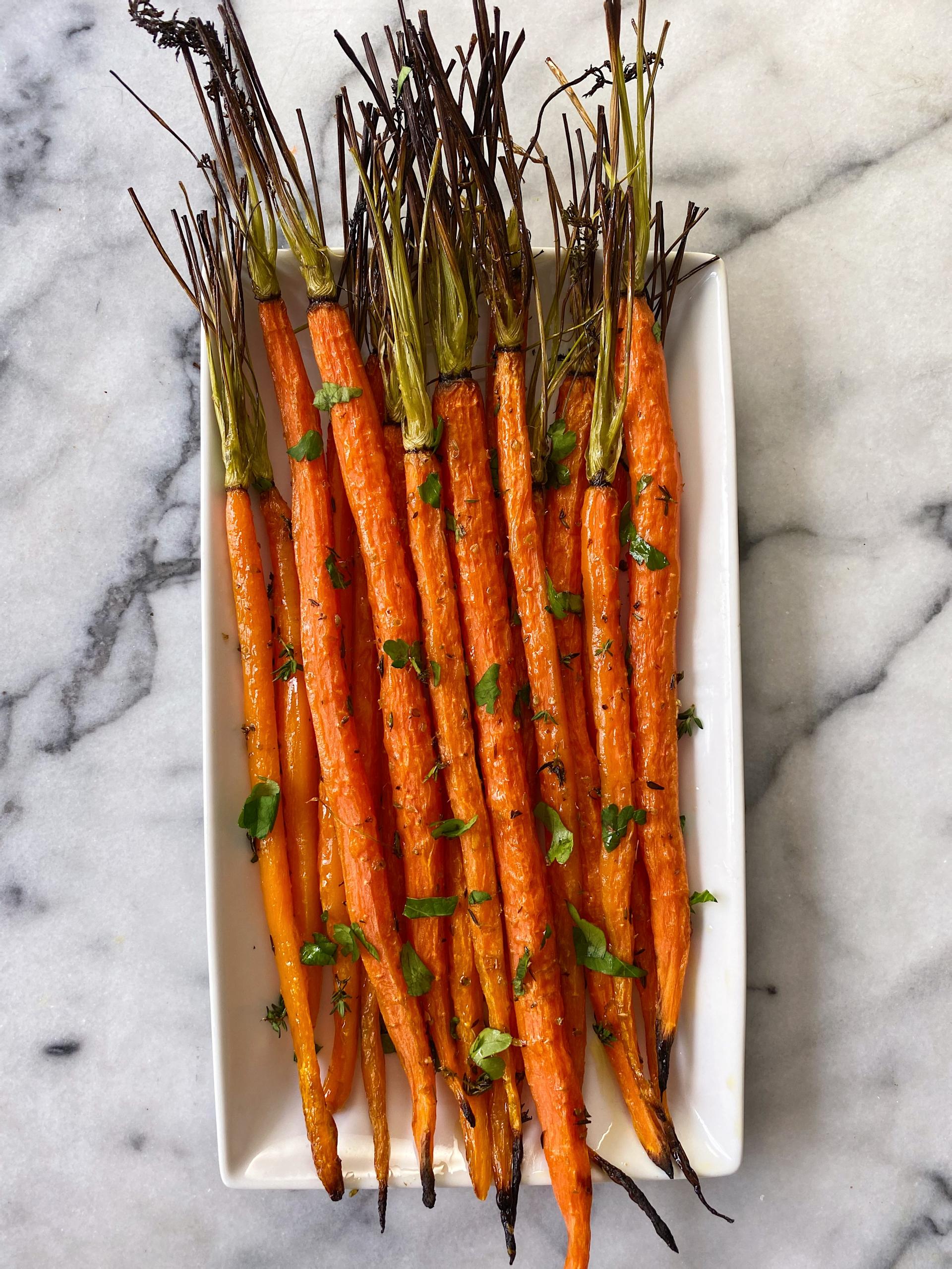 Easy Herb Roasted Carrots gluten free www.healthygffamily.com