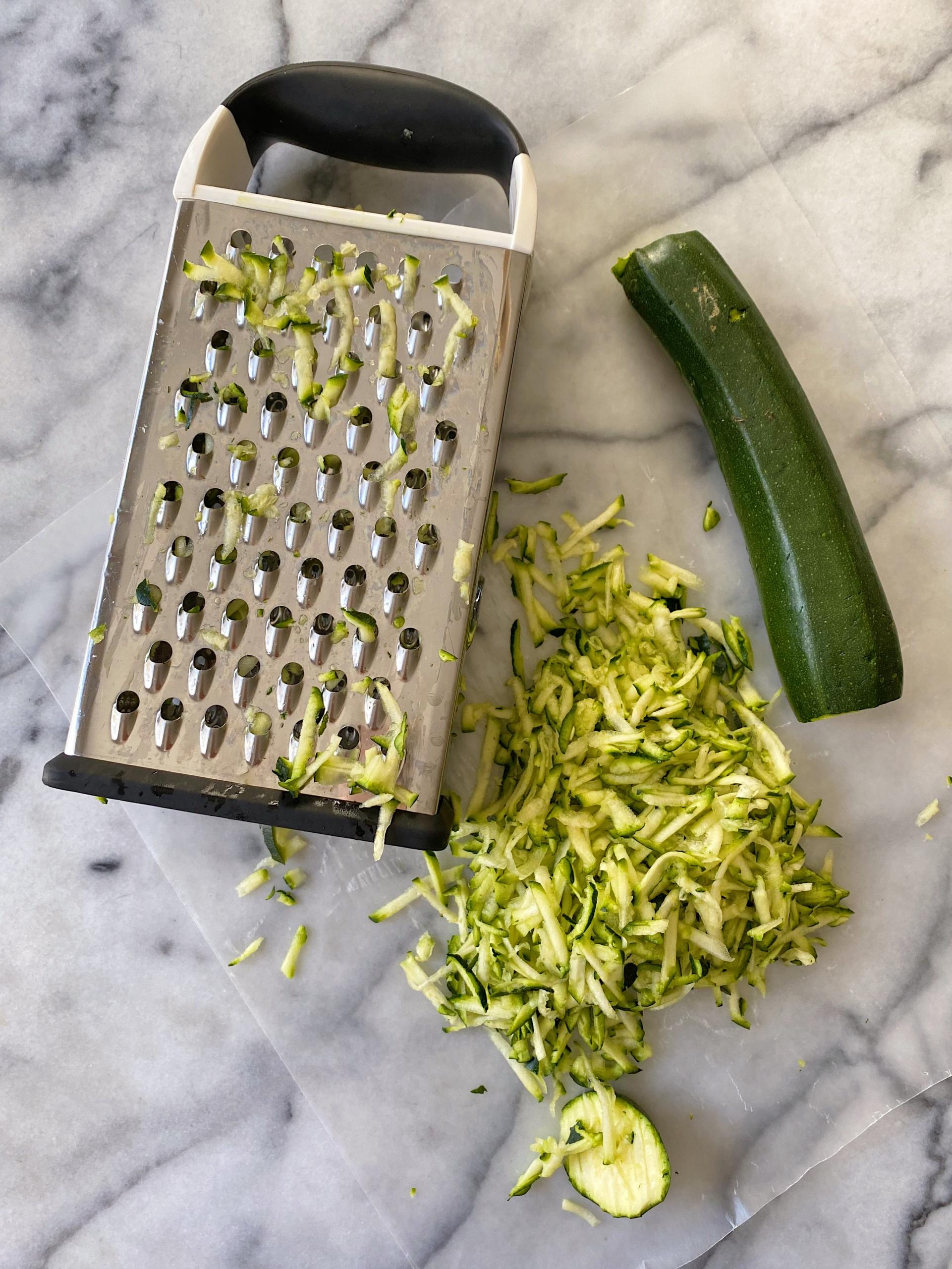 zucchini Bread gluten free easy www.healthygffamily.com