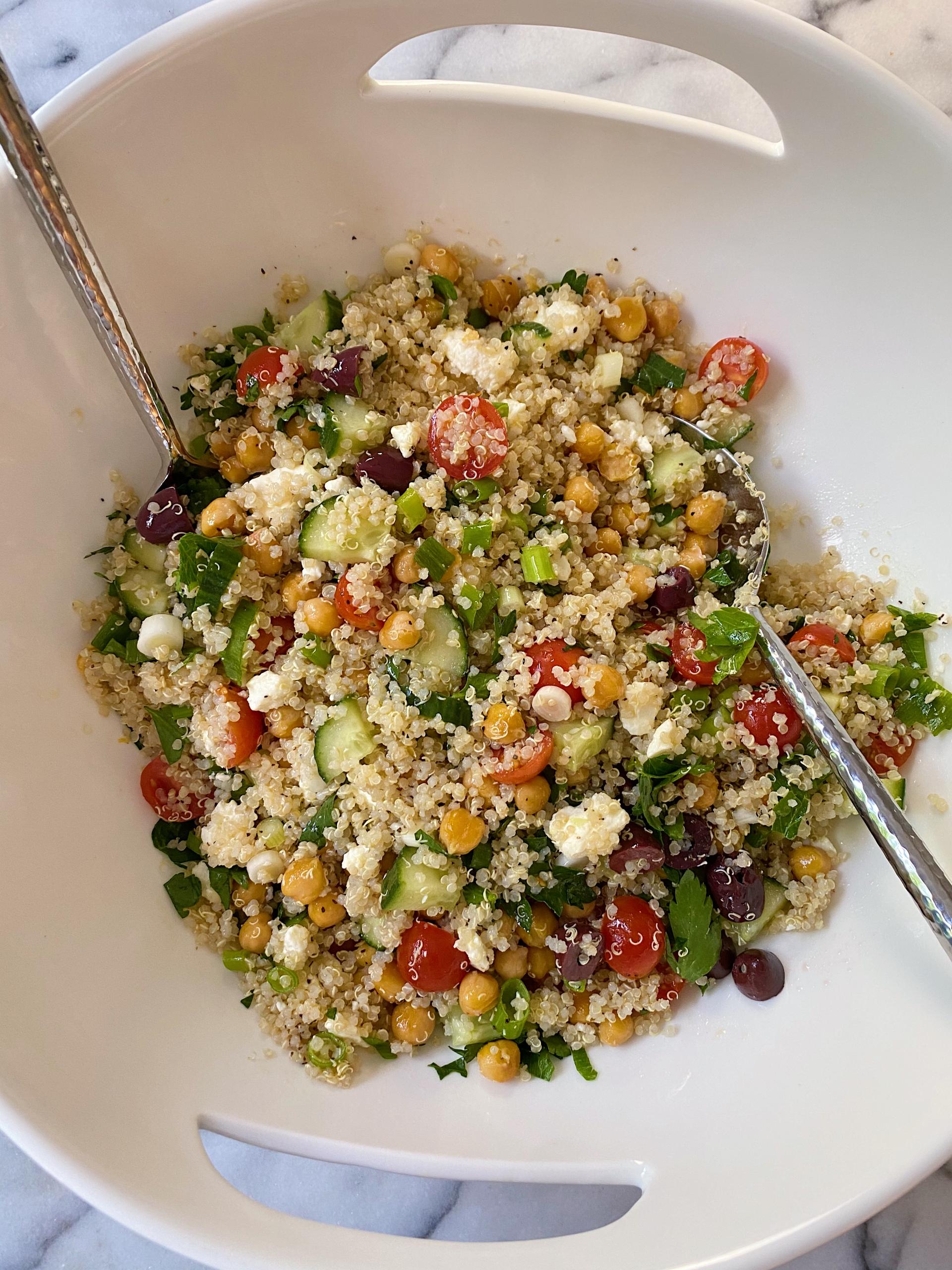 mediterranean quinoa salad easy gluten free www.healthygffamily.com